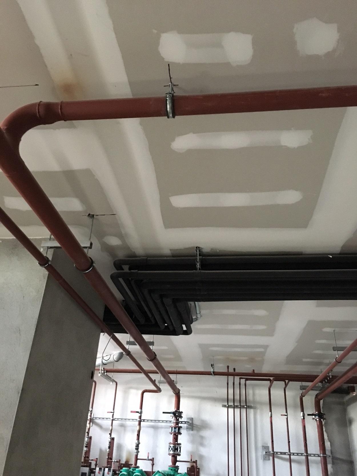 Protección pasiva contra el fuego con Falsos techos independientes